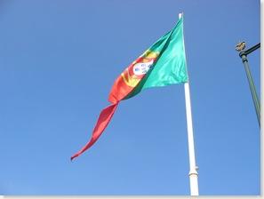 Große Flagge in Lissabon