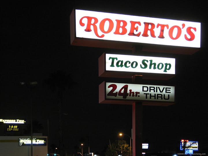 Roberto's signage