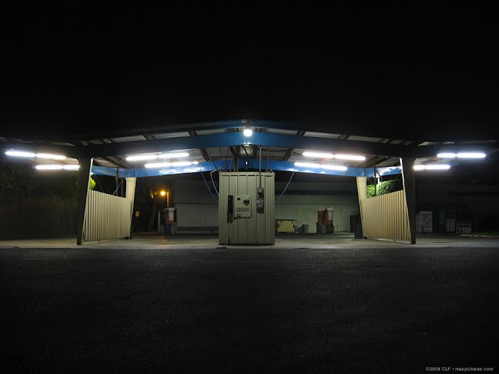 Washette at night