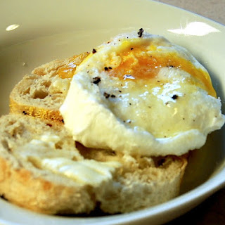 Truffle Poached Eggs & Toast