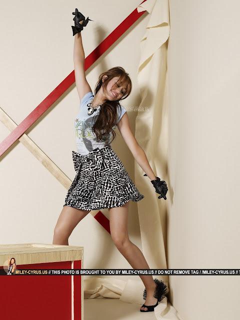seventeen Miley-Sevente2.jpg