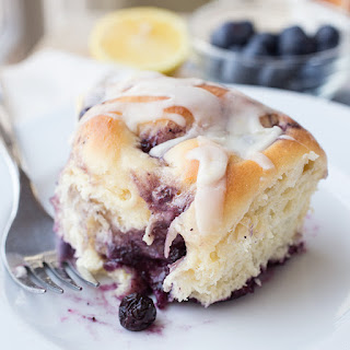 Soft & Pillowy Blueberry Breakfast Rolls with Creamy Vanilla-Lemon Icing