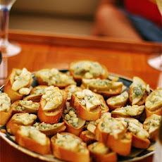 Pear & Gorgonzola Crostini