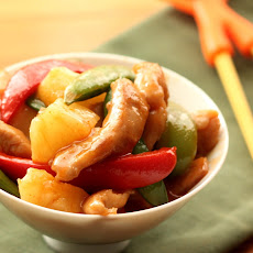 Sriracha Sweet and Sour Chicken Stir-Fry