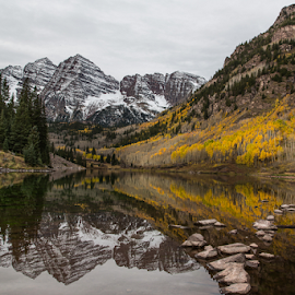 Maroon Bells reflection by David Bair - Landscapes Mountains & Hills ( water, colorful, rocky mountains, fall foliage, colorado, lake, scenic, aspen leaves, mountains, aspen trees, tree, fall, maroon bells, , Earth, Light, Landscapes, Views )