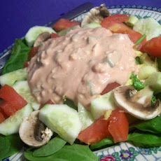 Splendid Lettuce Salad With Thousand Island Dressing