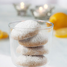 Snowy Lemon Cookies