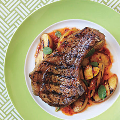 Grilled Pork Chops With Spicy Peaches and Mint