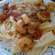 Shrimp and Pasta With Basil and Tomatoes