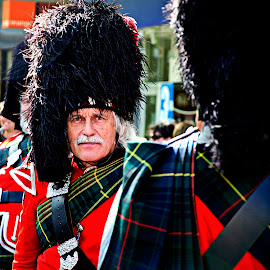 Scottish Piper by Andrew Robinson - People Musicians & Entertainers ( shirley, scottish, piper )