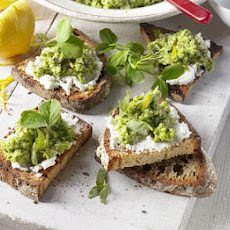 Pea & Broad Bean Houmous With Goat's Cheese & Sourdough