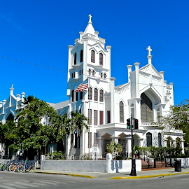 by Lori Amway - Buildings & Architecture Other Exteriors ( building, white building, white, key west florida,  )
