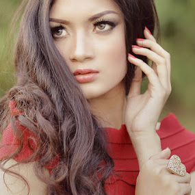 red by Achmad Syamsu Hidayat - People Portraits of Women ( fashion, women, people, portrait )