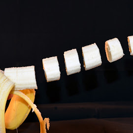 Levitating Banana by Doreen Hart - Novices Only Objects & Still Life ( #trick, #banana, #magic, #levitating, #photography )