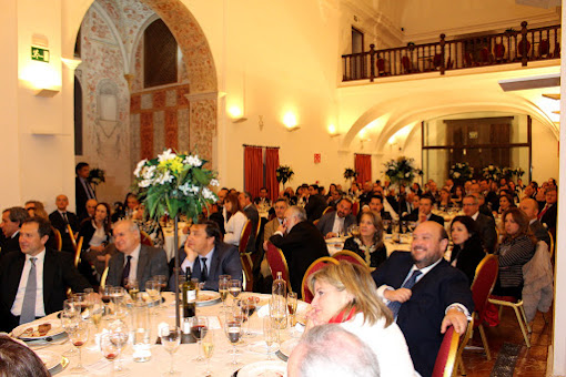REPOSITORY GOLF GROUP RECEIVES SPECIAL RECONOCIMIENO BY ITS NINE YEARS OF CONFERENCE VENUE EXFIMER