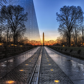 Washington Monument - Vietnam Veterans Memorial by Daniel Potter - Buildings & Architecture Statues & Monuments