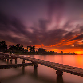 Sunrise at kamport province by Rechard Sniper - Landscapes Sunsets & Sunrises