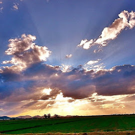by Tommy Sierras - Landscapes Cloud Formations