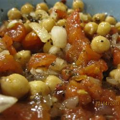 Garbanzo Bean Tomato Salad