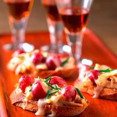Smoked Chicken and Grape Bruschetta