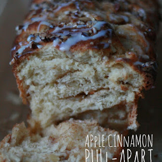 Apple Cinnamon Pull-Apart Bread