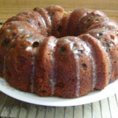 Apple Cake with Raisins