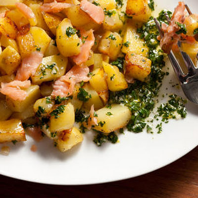 Smoked Salmon Hash with Lemon-Parsley Vinaigrette