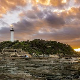 Light house sunset by Jose Rojas - Landscapes Sunsets & Sunrises ( sunset, light house, noreh head, coastalscape, landscape )