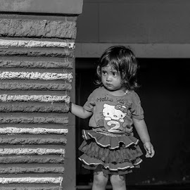 Where Are You ? by Syahid Kesuma - Babies & Children Children Candids ( bw, kids, baby, toddlers, childrens,  )