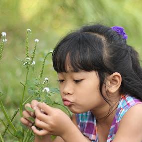 by Adianca Ridhani - Babies & Children Children Candids ( girl, beautiful, daughter, children )