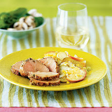 Herbed Pork Tenderloin With Apples and Cider Sauce