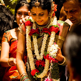 Down the Stairs by Madhujith Venkatakrishna - Wedding Ceremony