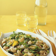 Whole-Wheat Pasta with Vegetables and Lemon