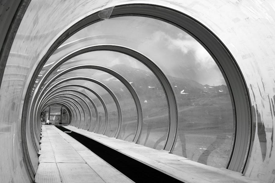 by Cornelis Cornelissen - Black & White Buildings & Architecture