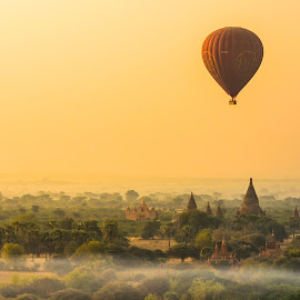 Balloon over Bagan by Krissanapong Wongsawarng - Landscapes Travel ( sunrise, bagan, balloon )