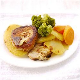 Skillet Pork Chops with Potatoes and Onion