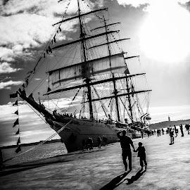 by Elsa Carmo - Transportation Boats (  )
