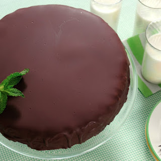 Thin Mints Patty Ice Cream Cake