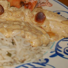 Mughlai Chicken With Almonds and Raisens