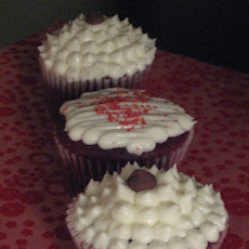 Red Velvet Chocolate Chip Cupcakes With Rum Frosting