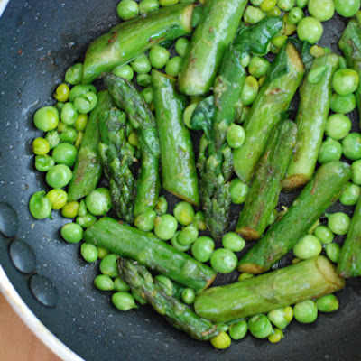Simplest Asparagus with Fresh Peas
