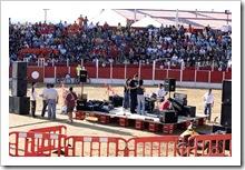 La Plaza de Toros se llenó de jóvenes ávidos de participar en las diferentes actividades.