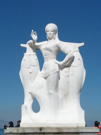 洱海白族渔女