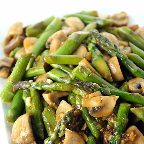 Stir+fried+asparagus+with+mushrooms Recipes | Yummly