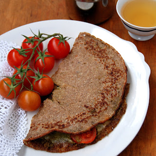 Green Pesto, Mozzarella and Tomatoes Pancakes (Wholemeal)