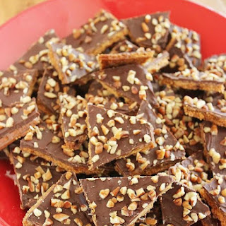 5-Ingredient Graham Cracker Toffee