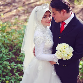 Herman+Fameiza by Syam Kiki - Wedding Other ( #postwedding #weddingmalay #portraiture #herman+fameiza )