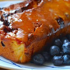Blueberry And White Chocolate Loaf Cake With Lemon Drizzle