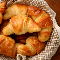 Crescent Rolls (adapted from eat live run)