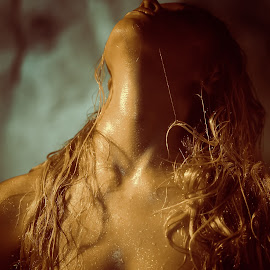 Wet Tin by Aller Beauchamp - Nudes & Boudoir Artistic Nude ( aller beauchamp, nude, desire, texture, breasts, wet, hair, passion,  )